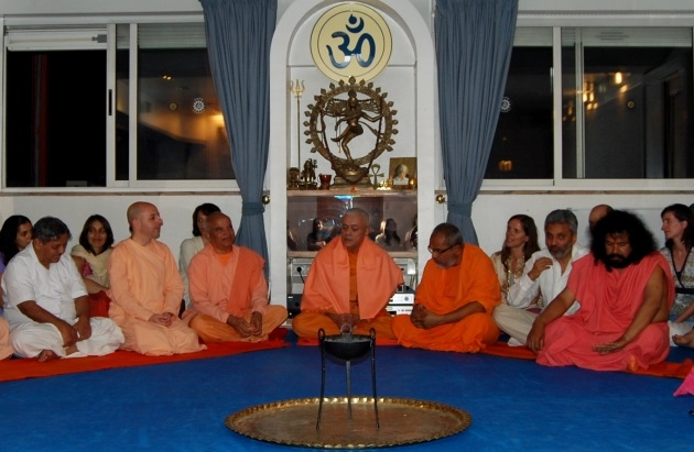 Reception of the Invited Masters to the International Day of Yoga at the Headquarters of the Portuguese Yoga Confederation, Lisboa - 2011