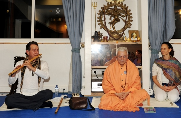 Visit of Rão Kyao at the Headquarters of the Portuguese Yoga Confederation, Lisboa - 2012