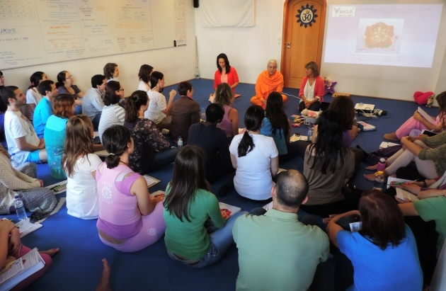 Curso de Especialização do Yoga para Crianças - 2014
