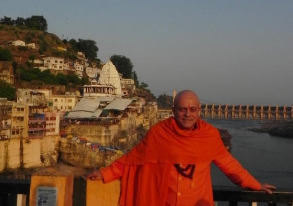 Jyotirlingam de Omkareshvar e Narmadá Nádí, Índia - 2012, Outubro
