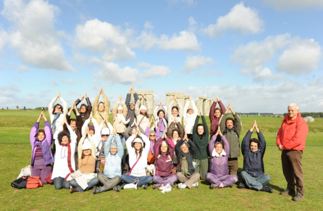 Encontro Internacional do Yoga 2011 - Stonehenge / Loch Ness - UK