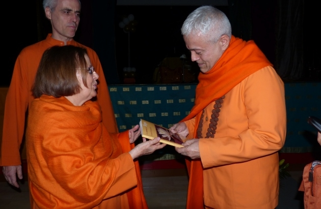 Meeting with Swami Durgánanda, Director of the Shivánanda Centres in Europe Madrid - 2013, June