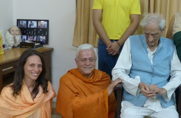Meeting with Dr. Jayadeva Yogendra - The Yoga Institute of Santa Cruz, Mumbai, India - 2016, January