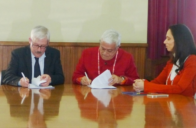 Signature of the Protocol between the Portuguese Yoga Confederation and the Faculty of Letters of the University of Lisbon - 2017, February 16