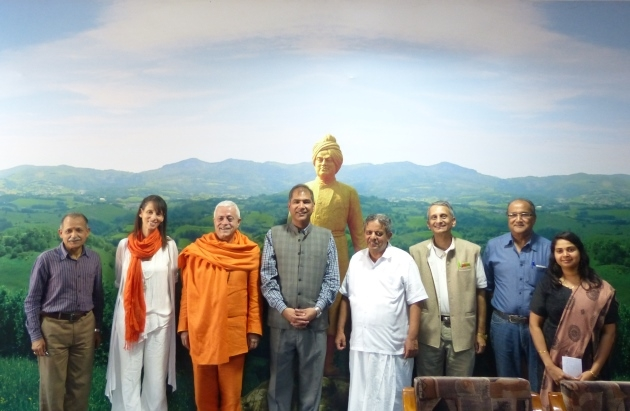 Reunião do COUNCIL for YOGA ACCREDITATION - INTERNATIONAL - Universidade de Bengaluru, S-Vyása, Índia - 2014, Janeiro