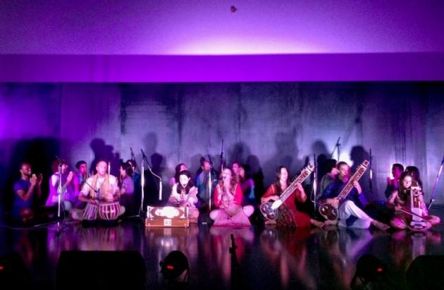 Participación de la Confederación Portuguesa del Yoga en el Espectáculo Solidario de Apoyo