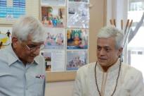 Visita de Om Prakash Tiwari - Administrador do Keivalydhama Institute -