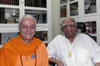 Meeting with H.H. B.K.S. Iyengar Jí Mahá Rája  - Pune, India - 2011, October