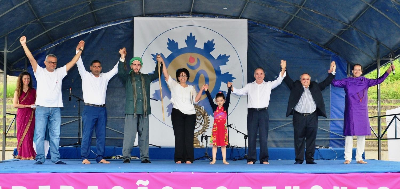 Os Líderes Religiosos em palco
