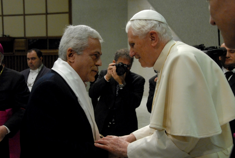 Encontro com o Papa Bento XVI -  Roma, Città del Vaticano - 2011, Janeiro