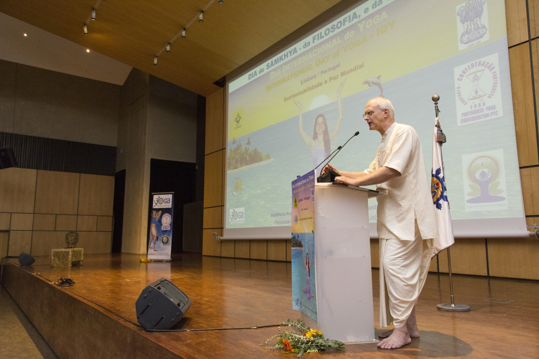 Dia do Sámkhya - da Filosofia e da Ciência - 2017 - Conferência por Anuttama Dasa, ISKCON