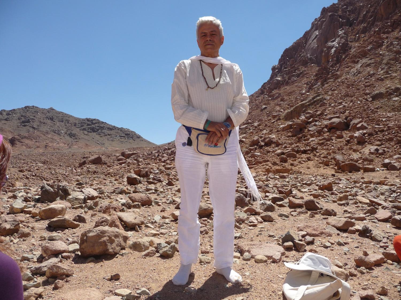 HH Jagat Guru Amrta Súryánanda Mahá Rája - Monte Sinai