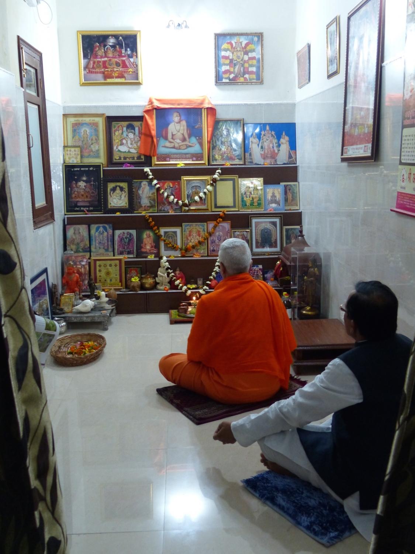 Encontro de H.H. Jagat Guru Amrta Sūryānanda Mahā Rāja com S.E. o Ministro do Yoga da Índia - Índia - 2015, Março