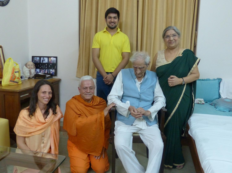 Con Dr. Jayadeva Yogendra, Mumbai