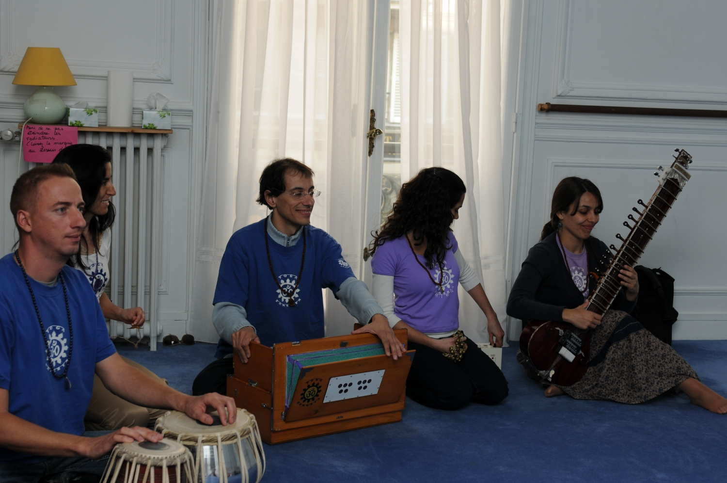 Meeting of H.H. Jagat Guru Amrta Súryánanda Mahá Rája with Master Eva Ruchpaul - Paris - 2011, May