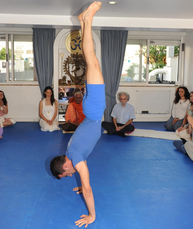 Visita de Ramiro Calle na Sede Nacional da Confederação Portuguesa do Yoga, Lisboa – 2011