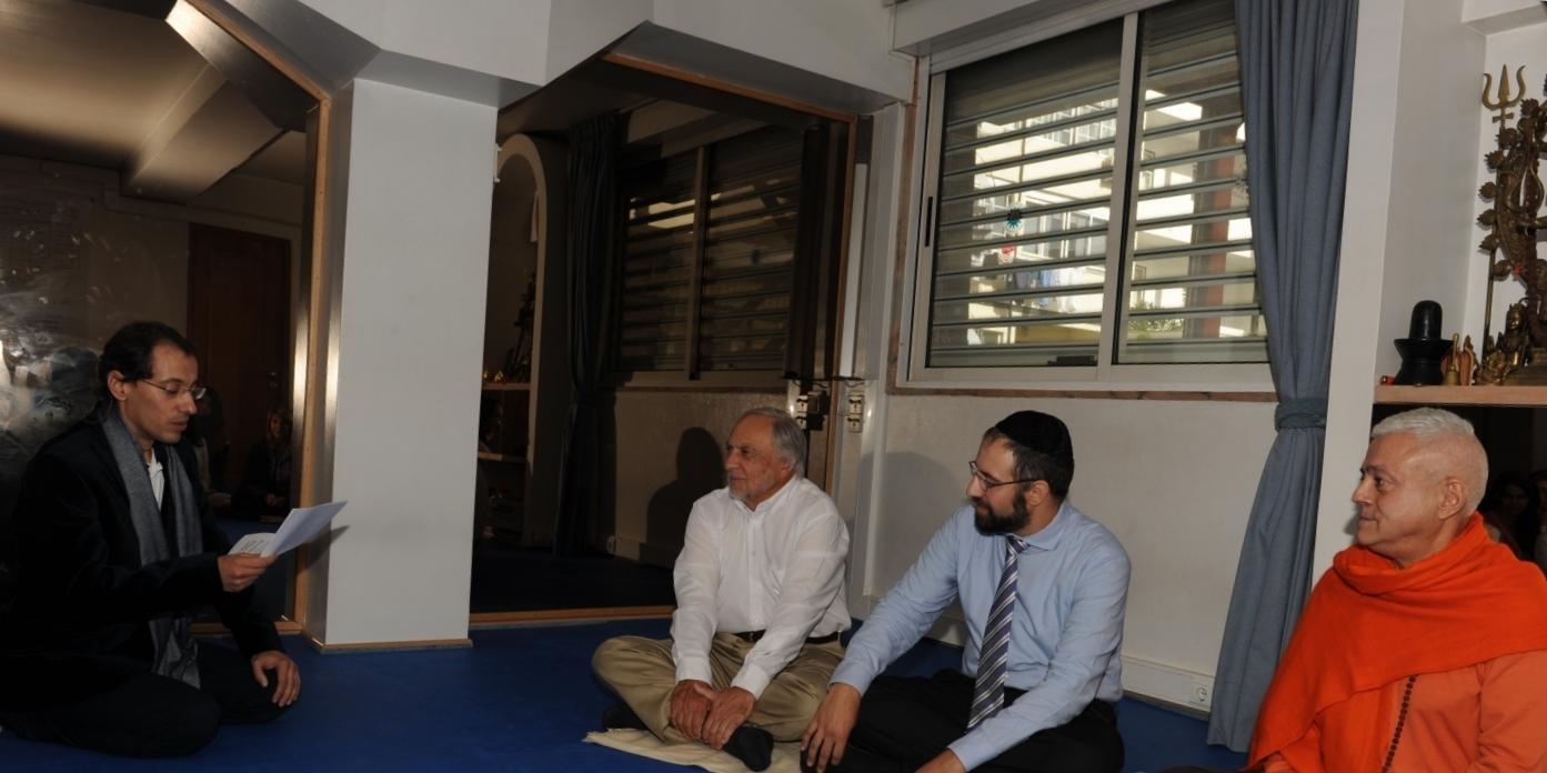 Visita do Sr. José Carp – Presidente da Comunidade Israelita de Lisboa e do Rabino Eliezer Di Martino - na Sede da Confederação Portuguesa do Yoga, Lisboa - 2013
