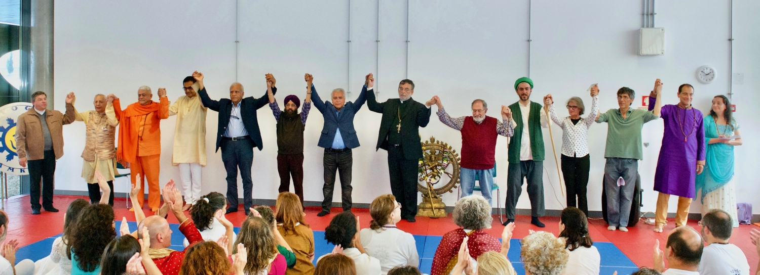 Representatives of the following Religions : Catholic, Guru Jí, Hindu, Sikh, Ismaili, Orthodox, Coptic, Sufi, Buddhist and Bahá'í Faith