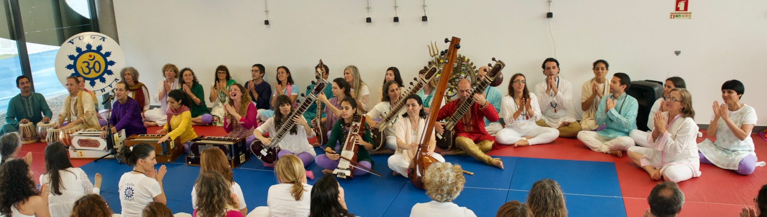 IDY - 2019, June, 23rd - Omkára - Mantra Orchestra / Choir of the Portuguese Yoga Confederation