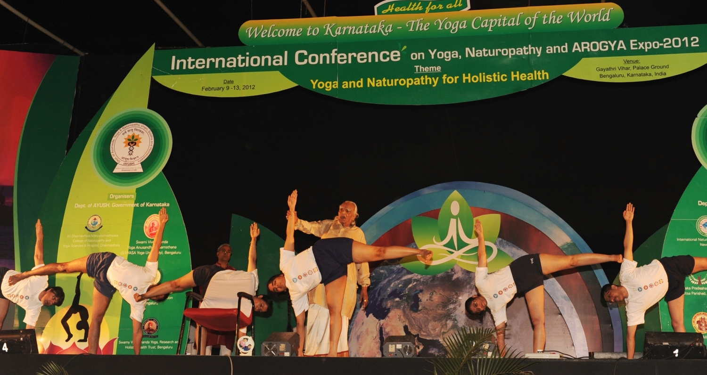 Workshop de Iyengar Yoga ministrado por H.H. Shrí Shrí Shrí Iyengar Jí Mahá Rája