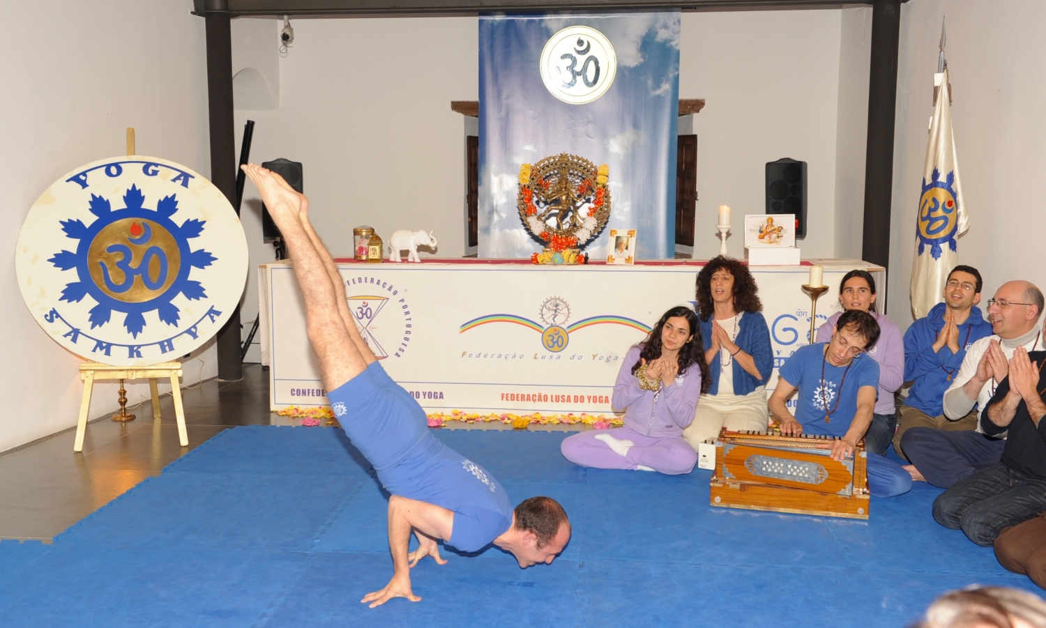 A Excelência do Pashupati - Demonstradores do Yoga Tradicional Avançado