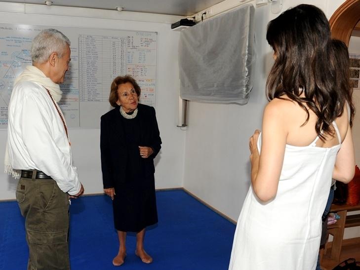 Visita da Dr.ª Maria Barroso na Sede Nacional da Confederação Portuguesa do Yoga, Lisboa – 2010