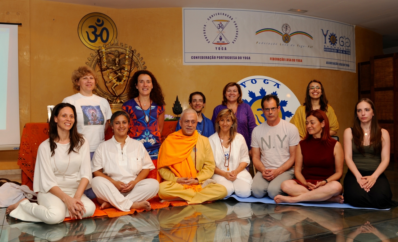Algumas das Escolas do Yoga presentes, incluindo a AEKY - Asociación Española de Kundaliní Yoga