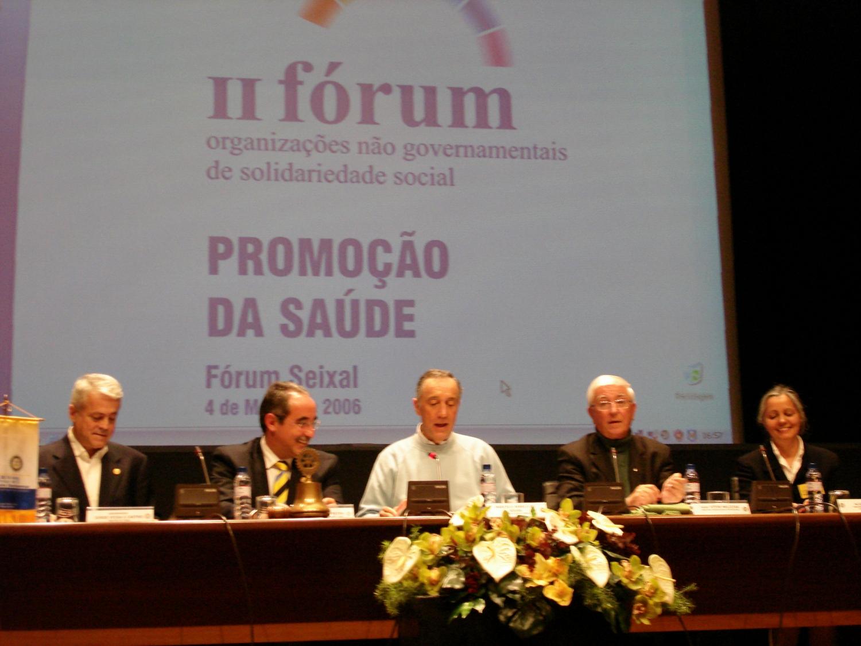 H.H. Jagat Guru Amrta Súryánanda Mahá Rája, José Manuel Pereira, Prof. Marcelo Rebelo de Sousa, Padre Melícias, Drª Alice Paulo (y Professora del Yoga)