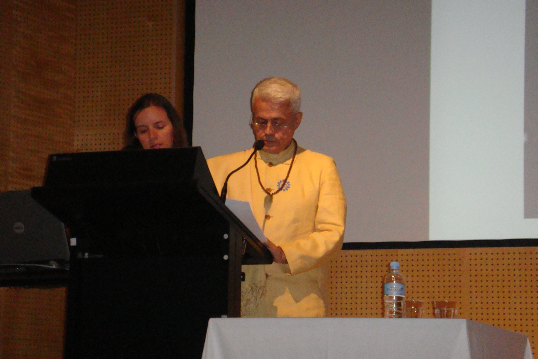 Conferência do Guru Jí junto da Comunidade Hindu
