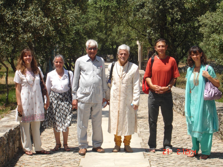 Visita de Om Prakash Tiwari - Administrador do Keivalydhama Institute - na Sede Nacional da Confederação Portuguesa do Yoga – 2009