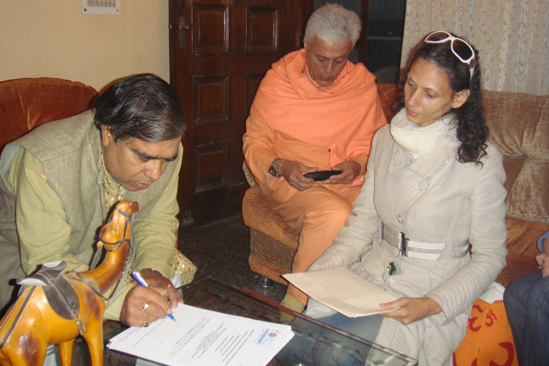 Dr. Gopalji torna-se apoiante da criação do Dia Internacional do Yoga