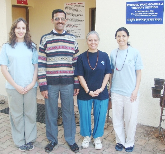 The Medical Department of the Portuguese Yoga Confederation during an Ayurveda Training Course at the Keivalyadhama Yoga Institute, Lonavala, India