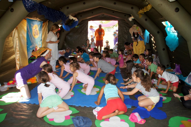 Clase del Yoga para Niños
