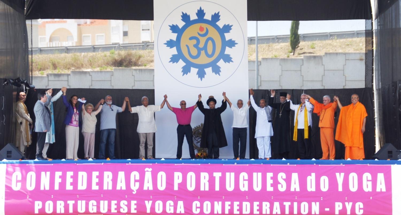 International Day of Yoga 2015, Lisboa - Os representantes das Principais Religiões dão as mãos em nome da Paz