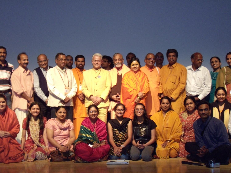 Com a Comunidade Hindu