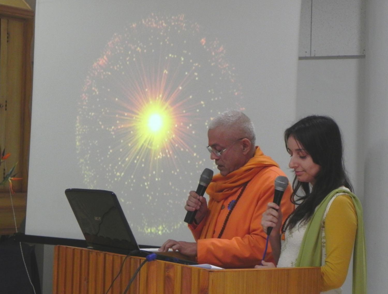 Conferência de H.H. Jagat Guru Amrta Súryánanda Mahá Rája sobre o tema