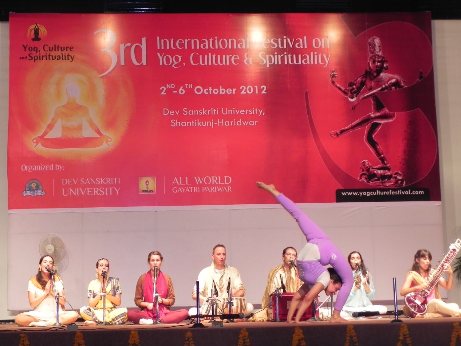 3rd International Festival on Yoga, Culture and Spirituality - Shántikunj Áshrama, Haridvar, India - 2012, octubre, 2 a 6