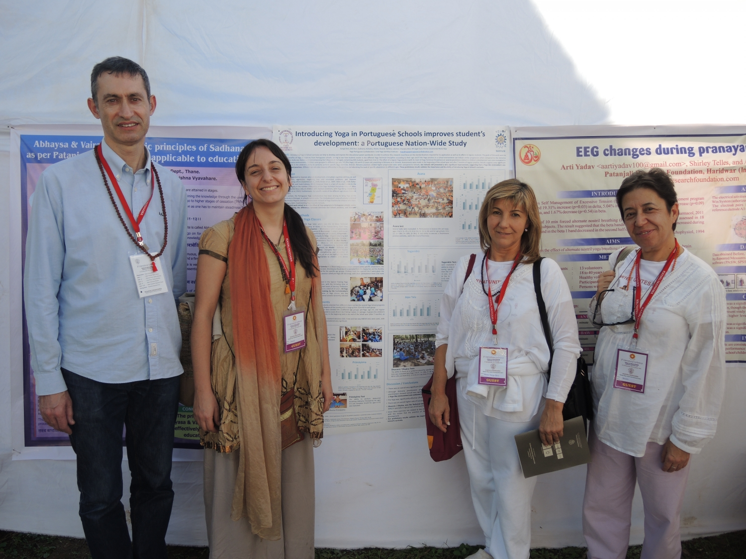 Presentación sobre Yoga en las Escuelas - 8th International Conference, Yoga & Education, Principles and Practice - Keivalyadhama Yoga Institute, Lonavala, India - 2015, diciembre