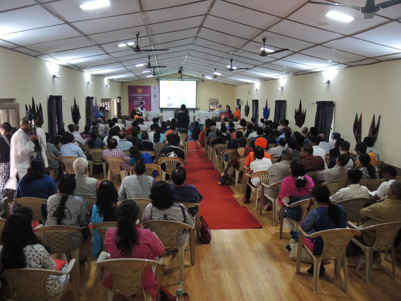 Conferência - Yoga & Educação