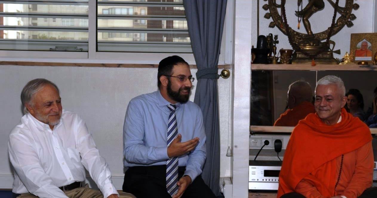 Visita de José Carp – Presidente de la Comunidad Judía de Lisboa y de Rabino Eliezer Di Martino - en la Sede de la Confederación Portuguesa del Yoga, Lisboa - 2013