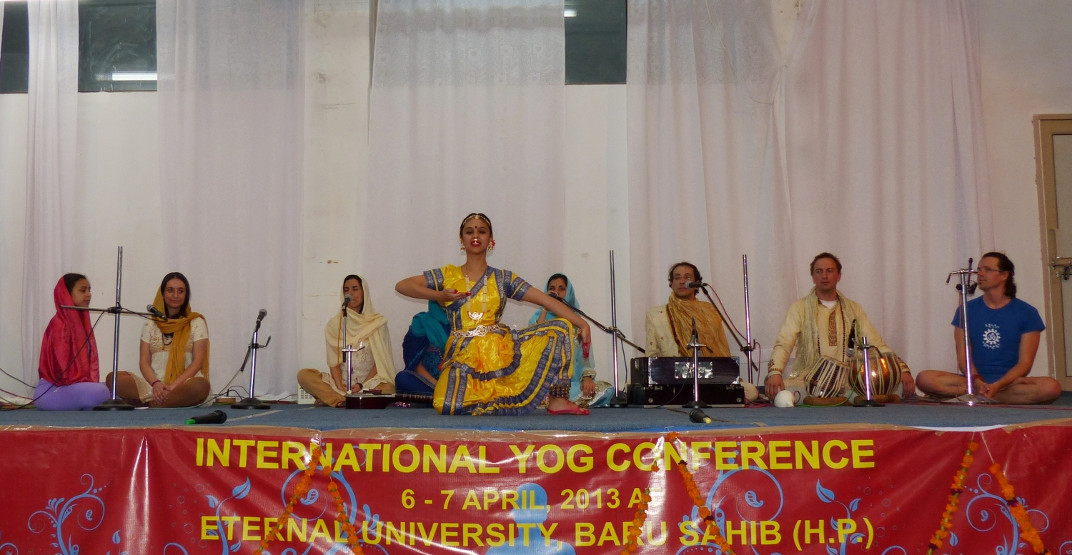 International Yoga Conference - Índia, Bahu Sahib, Eternal University, 2013
