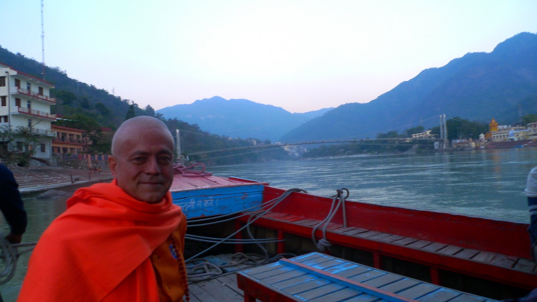 Visita de H.H. Jagat Guru Amrta Sūryānanda Mahā Rāja ao Shivánanda Áshrama - rshikesh, Índia - 2013, Fevereiro