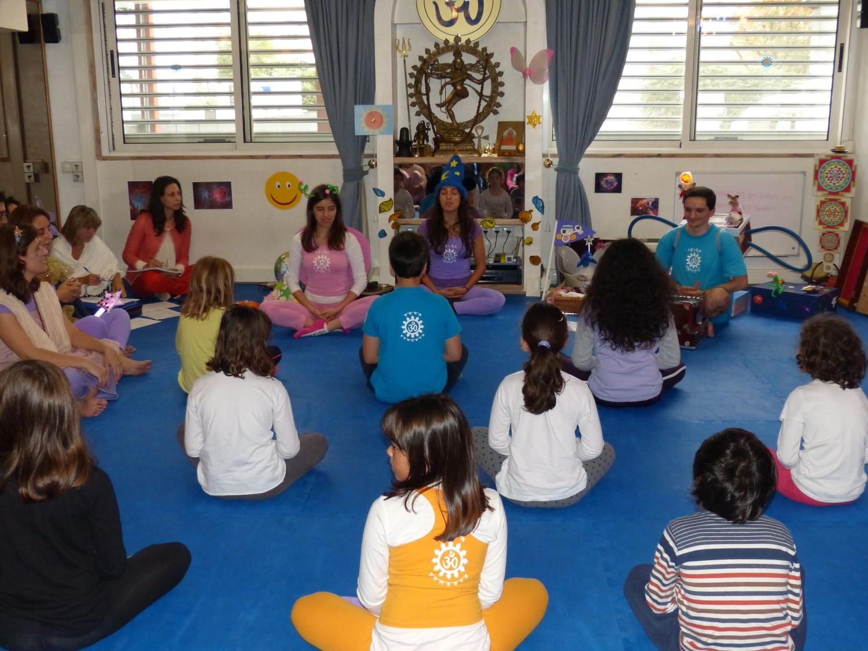 Curso de Extensão do Yoga para Crianças, 2014