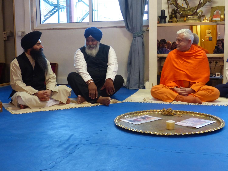 Visita do Presidente da Comunidade Sikh em Portugal na Sede da Confederação Portuguesa do Yoga, Lisboa – 2015