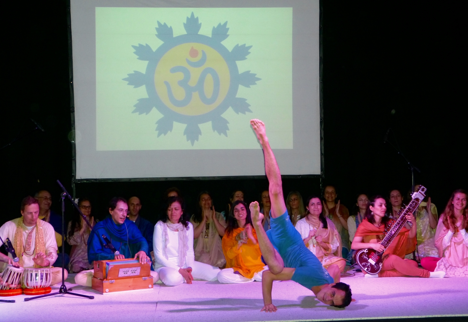 The Excellence of the Pashupati - Advanced Traditional Yoga Demonstrators