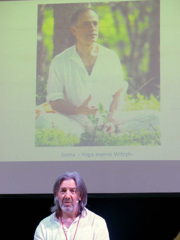 Maestro Surabhi - Presidente da FEYS - Federação Espanhola do Yoga Satsanga