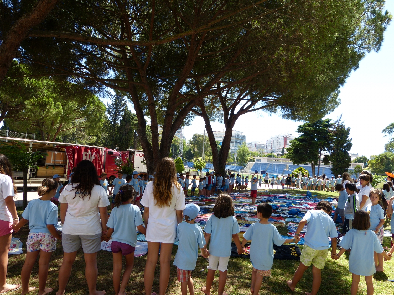 Yoga Sámkhya class for 150 Children - Lisboa, Praia Campo of Alvalade - 2016, July, 13