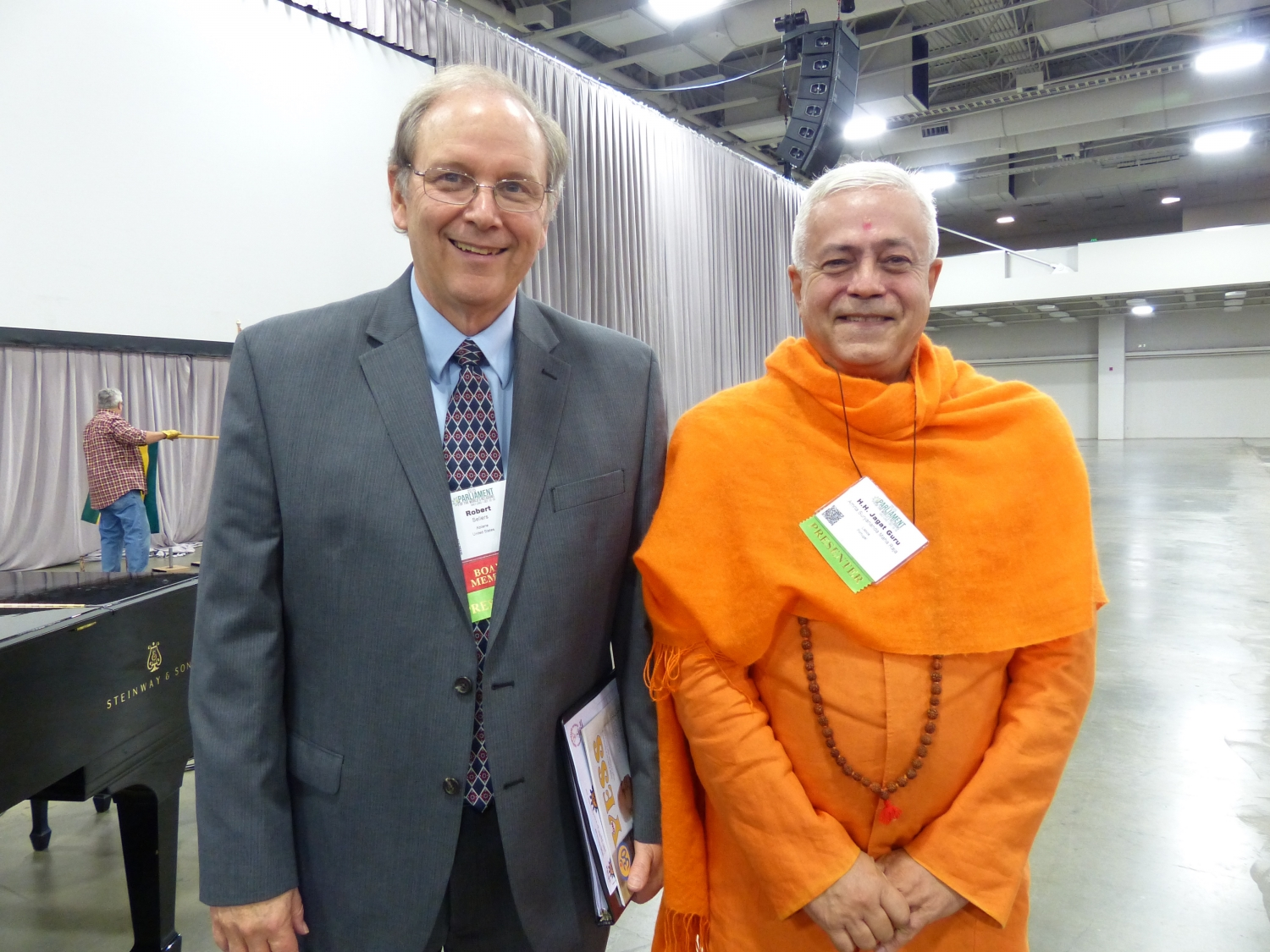 Com Robert Preston Sellers, próximo organizador do Parliament of the World's Religions