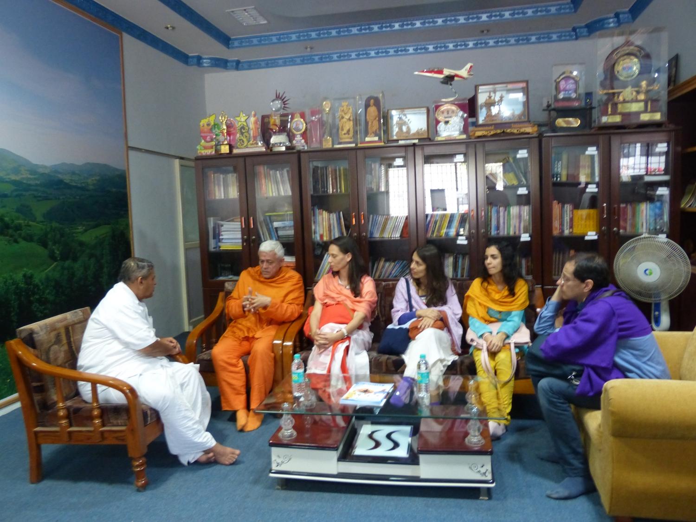 Reunião com H.H. Dr. Nagendra Jí