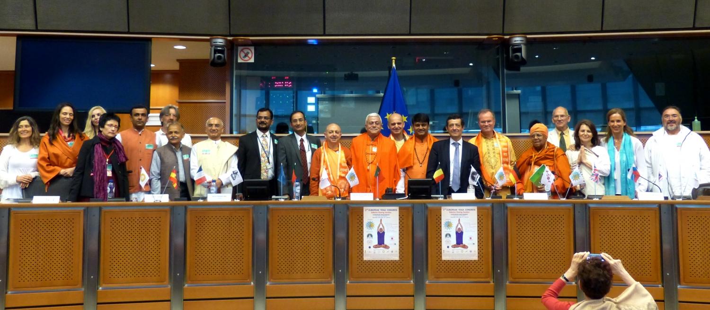 Ceremonia Solemne de Cierre del 2º Congreso Europeo del Yoga - 2016 - Parlamento Europeo de Bruselas